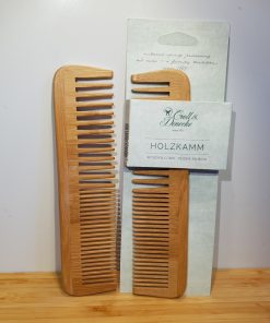 houten-kam-schampoozeep-handgemaakte-natuurzeep-1